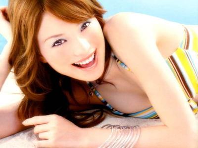 【お宝盗撮映像】エビちゃんの乳首ポロリ映像がついに流出!?衝撃の盗撮映像!